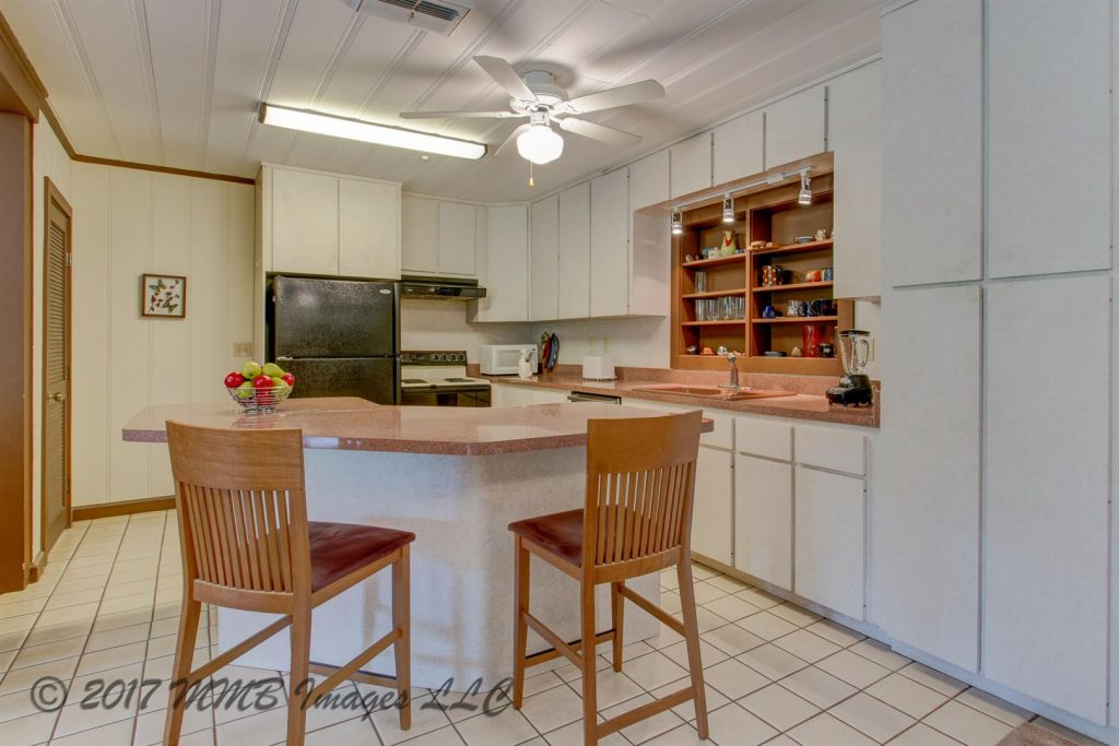 Listing Photo for the Real Estate and Rainbow River Home for Sale in Dunnellon, Marion County